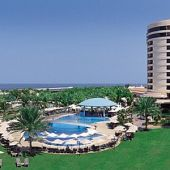 Le Royal Meridien Beach Resort and Spa offers Golf Academy packages